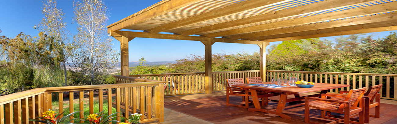 Vista Deck<sup>&#8482;</sup> Exceptional Wood Finish